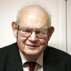famous quotes, rare quotes and sayings  of Benoit Mandelbrot