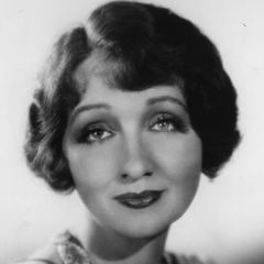 famous quotes, rare quotes and sayings  of Hedda Hopper