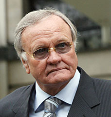 famous quotes, rare quotes and sayings  of Ron Atkinson