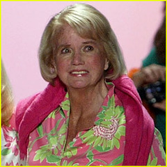 famous quotes, rare quotes and sayings  of Lilly Pulitzer