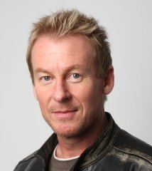 famous quotes, rare quotes and sayings  of Richard Roxburgh