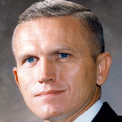 famous quotes, rare quotes and sayings  of Frank Borman