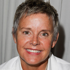 famous quotes, rare quotes and sayings  of Amanda Bearse