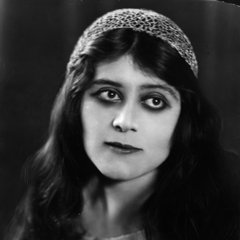 famous quotes, rare quotes and sayings  of Theda Bara