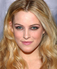 famous quotes, rare quotes and sayings  of Riley Keough