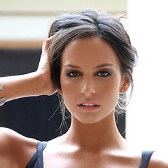 famous quotes, rare quotes and sayings  of Genesis Rodriguez