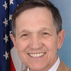 famous quotes, rare quotes and sayings  of Dennis Kucinich