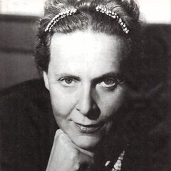 famous quotes, rare quotes and sayings  of Elsa Triolet