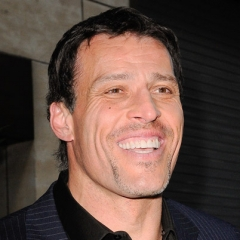 famous quotes, rare quotes and sayings  of Tony Robbins