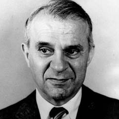 famous quotes, rare quotes and sayings  of Wassily Leontief