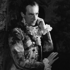 famous quotes, rare quotes and sayings  of Cecil Beaton