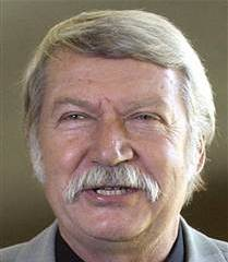 famous quotes, rare quotes and sayings  of Bela Karolyi