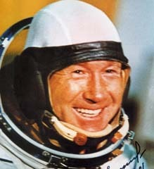 famous quotes, rare quotes and sayings  of Alexey Leonov