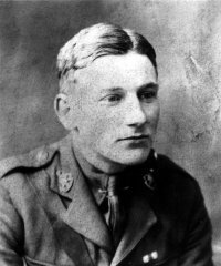 famous quotes, rare quotes and sayings  of Edmund Blunden
