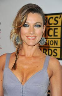famous quotes, rare quotes and sayings  of Natalie Zea
