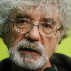 famous quotes, rare quotes and sayings  of Humberto Maturana