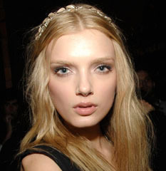 famous quotes, rare quotes and sayings  of Lily Donaldson