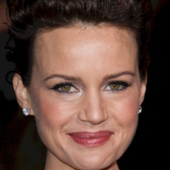 famous quotes, rare quotes and sayings  of Carla Gugino