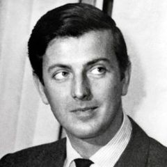 famous quotes, rare quotes and sayings  of Hubert de Givenchy