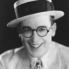 famous quotes, rare quotes and sayings  of Harold Lloyd