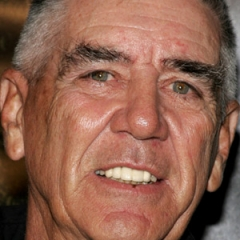 famous quotes, rare quotes and sayings  of R. Lee Ermey