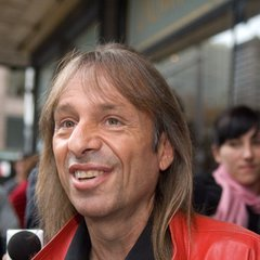 famous quotes, rare quotes and sayings  of Alain Robert