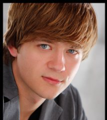 famous quotes, rare quotes and sayings  of Jason Earles