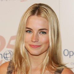 famous quotes, rare quotes and sayings  of Amanda Hearst