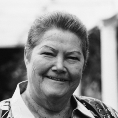 famous quotes, rare quotes and sayings  of Colleen McCullough