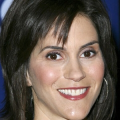 famous quotes, rare quotes and sayings  of Jami Gertz
