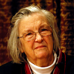 famous quotes, rare quotes and sayings  of Elinor Ostrom