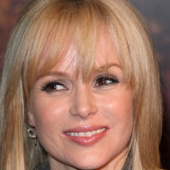 famous quotes, rare quotes and sayings  of Amanda Holden