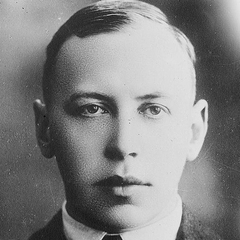 famous quotes, rare quotes and sayings  of Alfred Noyes