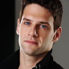 famous quotes, rare quotes and sayings  of Justin Bartha