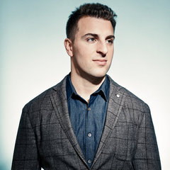 famous quotes, rare quotes and sayings  of Brian Chesky