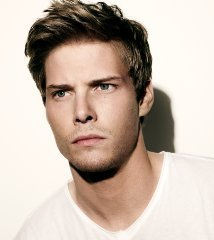 famous quotes, rare quotes and sayings  of Hunter Parrish