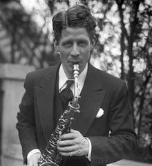 famous quotes, rare quotes and sayings  of Rudy Vallee