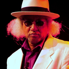famous quotes, rare quotes and sayings  of Gary Bartz