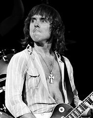 famous quotes, rare quotes and sayings  of Ronnie Montrose