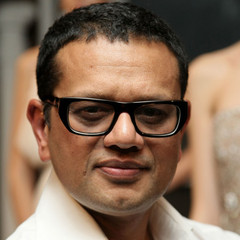 famous quotes, rare quotes and sayings  of Naeem Khan