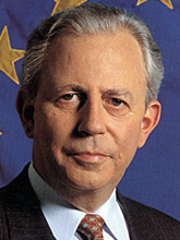 famous quotes, rare quotes and sayings  of Jacques Santer