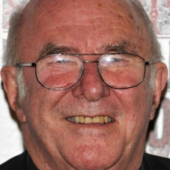 famous quotes, rare quotes and sayings  of Clive James