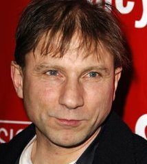famous quotes, rare quotes and sayings  of Simon McBurney