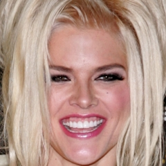 famous quotes, rare quotes and sayings  of Anna Nicole Smith