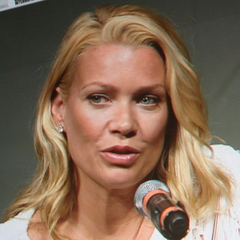 famous quotes, rare quotes and sayings  of Laurie Holden