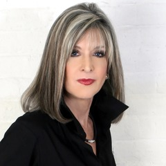 famous quotes, rare quotes and sayings  of Hank Phillippi Ryan