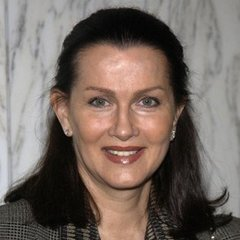 famous quotes, rare quotes and sayings  of Veronica Hamel