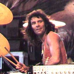 famous quotes, rare quotes and sayings  of Aynsley Dunbar