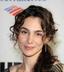 famous quotes, rare quotes and sayings  of Annie Parisse
