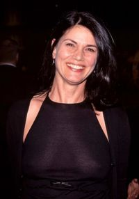 famous quotes, rare quotes and sayings  of Linda Fiorentino